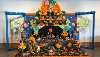 Ofrenda: Altar Makers Create Bridges between Life and Death