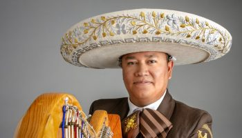 """""""It Sounds Like Mexico"""": Lessons in Mexican Folk Harp"""